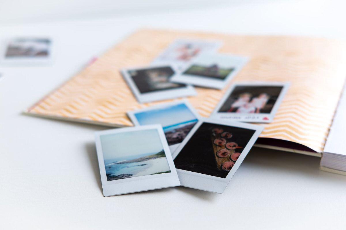 Księga gości ze zdjęciami z polaroida jako piękna pamiątka z wesela